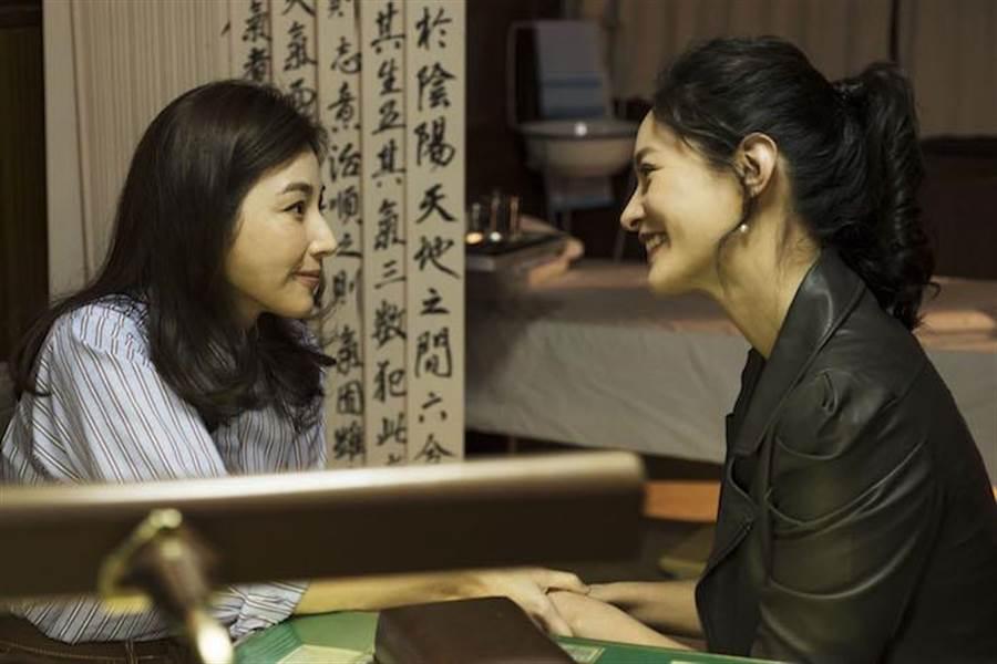 Janet(右)、陳怡蓉。(青睞影視提供)