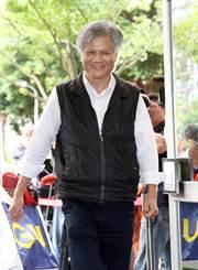 台北》市長辯論 佛系參選人推蜂蜜檸檬、唱李麗芬金曲網笑翻