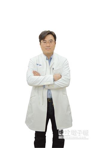 名醫問診-手無法舉高 竟是頸椎椎間盤突出
