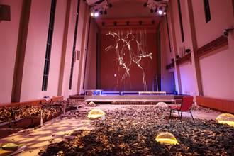 臺大校慶用秋葉與森林揭開序幕