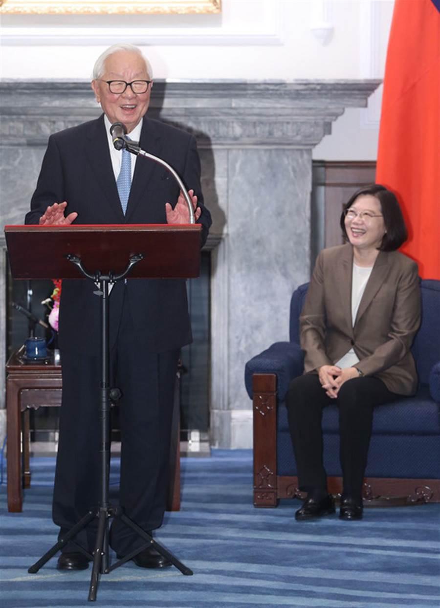 中央社記者鄭傑文攝  107年11月12日