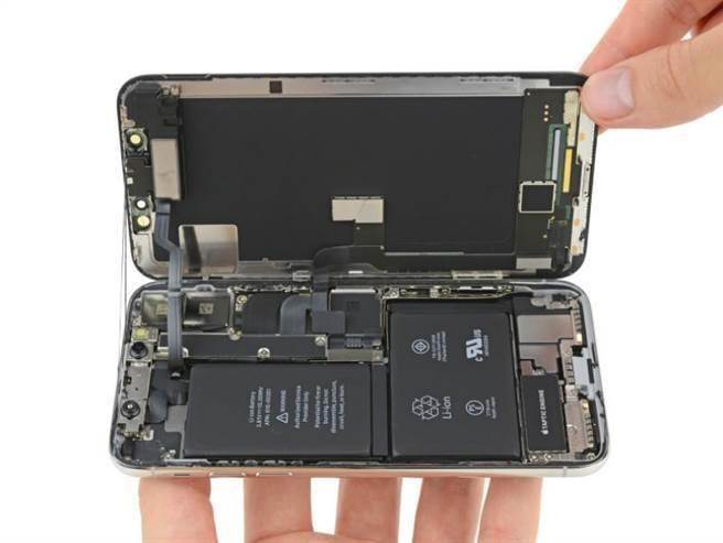 圖為iFixit的iPhone X拆解圖。(圖/翻攝iFixit)