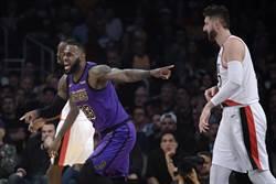 NBA》詹皇總得分超越張伯倫 領湖人竄升西區第7