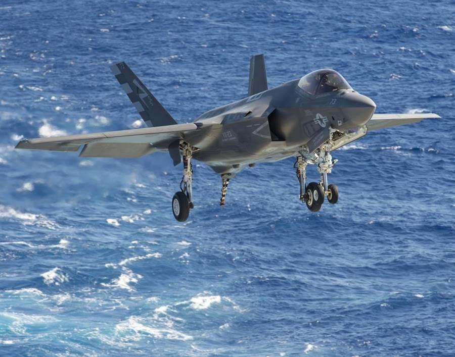 美國近幾年將陸續出售日本各型F-35戰機。(圖/美國空軍)