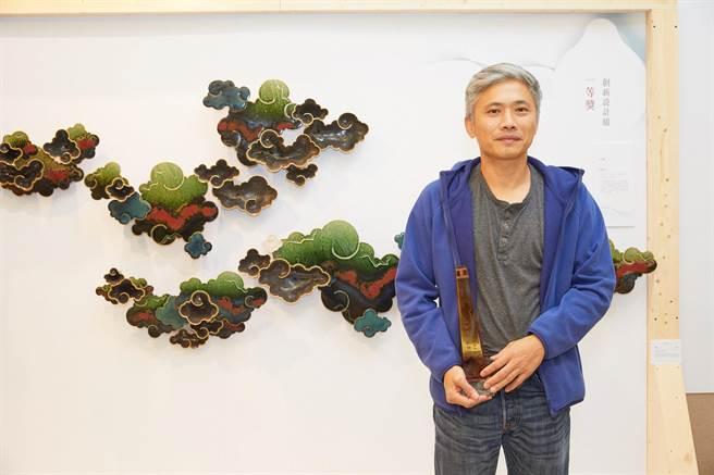 2018工藝之夢創新設計組一等獎,由劉榮輝的「行雲」獲得。(新光三越提供)