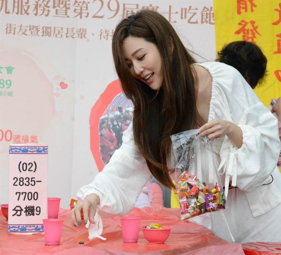 曾莞婷出席創世基金會公益活動。(創世基金會提供)