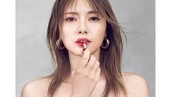 日本最強寫真女神白石麻衣性感美照再一發!這次光看她的唇也會讓人心跳加速啊