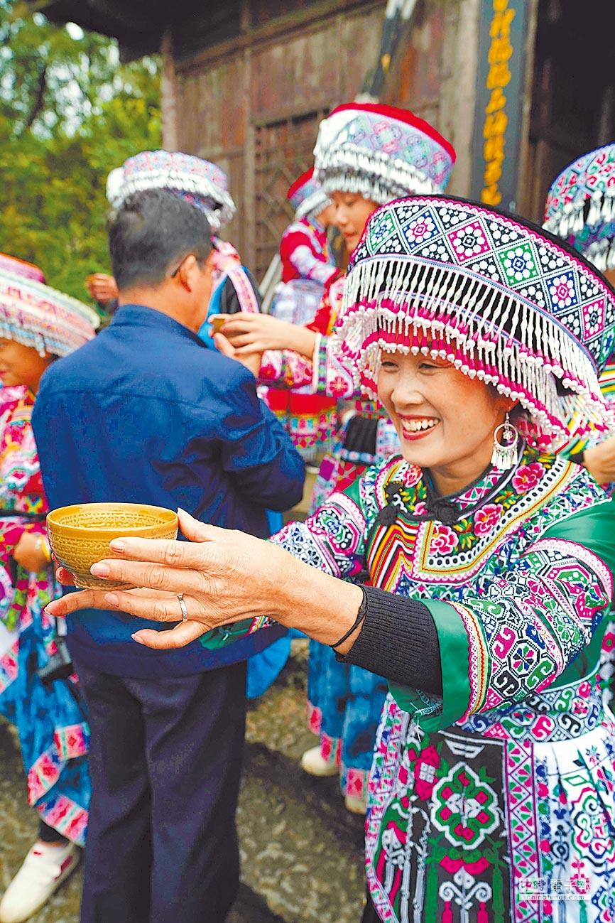 四川省宜賓市興文縣將旅遊產業作為全縣精準扶貧和縣域經濟發展的主導產業。(新華社)