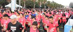 鹿港馬拉松熱情開跑!8000跑者沿海追風