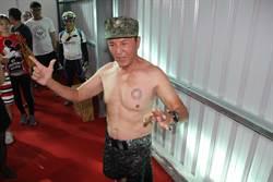 台南》林義豐脫衣露胸肌 不放棄24日在台南辦電音趴