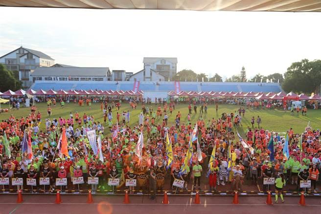 「第七屆全國EMBA校園馬拉松接力賽」,今年也是史上最多學校及企業經理人參與。(圖/東海)