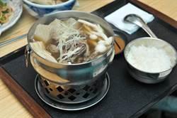 埔里卓暘食堂羊肉火鍋 湯頭鮮甜伴中藥香
