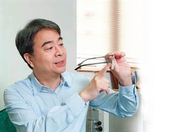 中興醫院醫務長蔡景耀養眼祕法