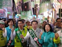 台南》36小時超級直播最後一站 黃偉哲感性訴求市民支持
