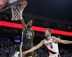 NBA》雙槍合轟63分 勇士止敗升上西區第4