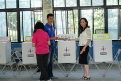 雲林》韓國瑜妻李佳芬掛心弟選情 專程趕回西螺投票