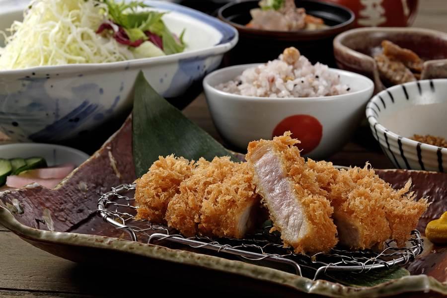 「里肌」豬排肉質扎實有嚼勁,可細細品嘗豬肉口感。(圖片提供/伊勢路-勝勢日式豬排)