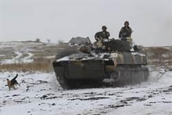 俄烏戰火一觸即發 美偵察機臨空觀戰