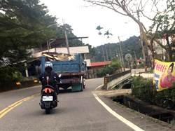 貨卡載廢棄物魚池山區流竄 埔里人恐喝垃圾水