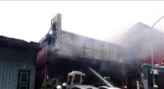 影》北市濱江街汽修廠火警 24輛消防車搶救