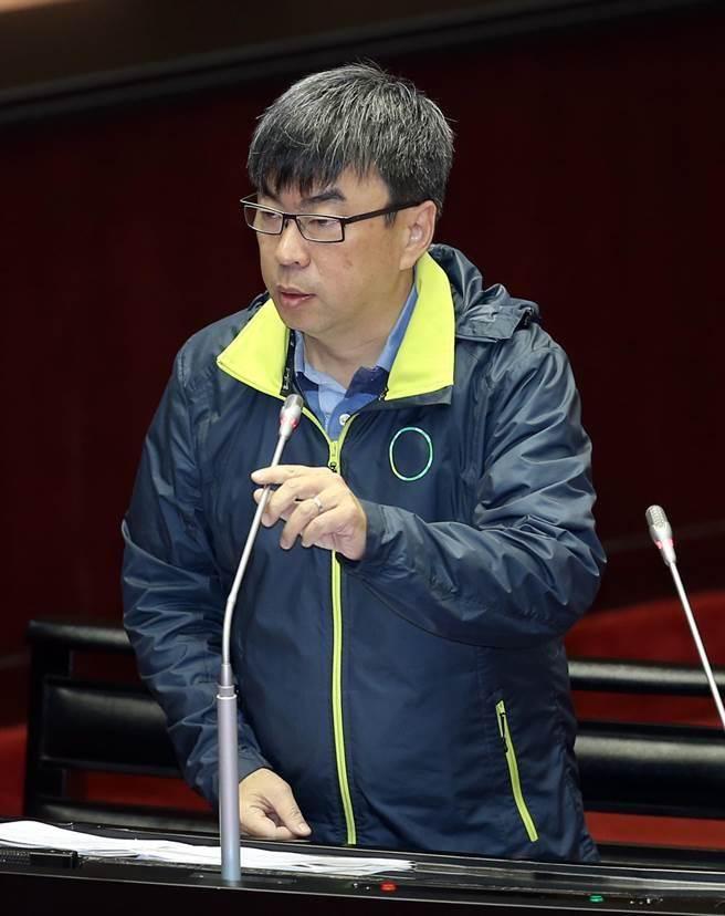 有網友認為立委段宜康是這是民進黨敗選的最強戰犯。(姚志平攝)