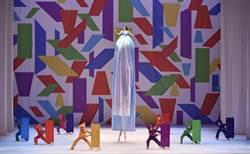 既狂野又奇幻 香港芭蕾舞團展現女力