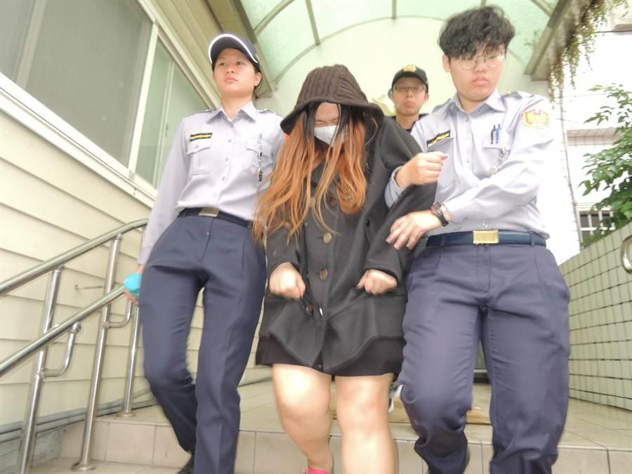 王姓女子提供毒品供少女吸食致死,遭警方逮捕送辦。(吳岳修攝)