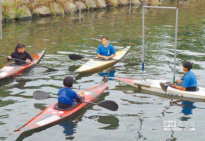 澳門輕艇隊7月來台備戰東亞青運,與台中市培訓隊交流。(取自2019東亞青運官網)