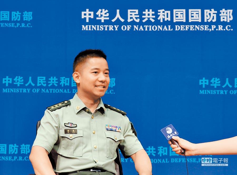 中共中央軍委國際軍事合作辦公室參謀謝亮講述剛果(金)維和經歷。