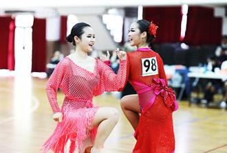 大葉大學雙姝舞功高強 囊括全國大專國標舞12項大獎