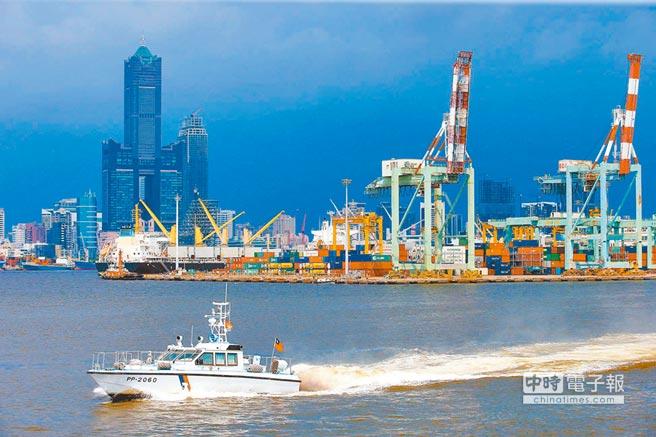 高雄港有良好的國際碼頭優勢。(本報系資料照片)