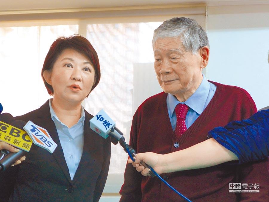 台中市長當選人盧秀燕(左起)拜訪前市長林柏榕,進行市政請益。(林欣儀攝)