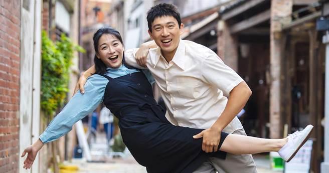 江祖平和李政穎4度同台拍戲,她笑說兩人感情像兄弟。(黃華安提供)
