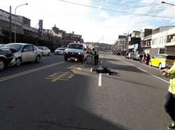 8旬翁騎車闖紅燈 當場被撞死 波及上班途中警官