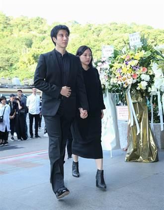 天后經紀人陳鎮川母親今早告別式 王力宏、S.H.E弔唁致哀