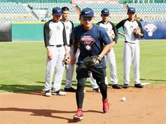 棒球》小球員以他為目標 林子偉:不要放棄夢想