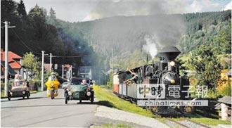 不分藍綠 無色覺醒 我們追求過好日子-阿里山林鐵 再添姐妹鐵路