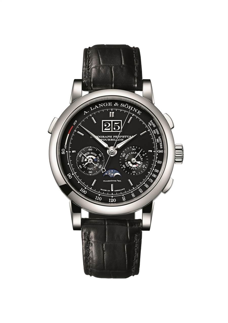 朗格Datograph Perpetual Tourbillon腕表結合萬年曆、陀飛輪和計時碼表等功能。971萬8000元。(A. Lange & Sohne提供)