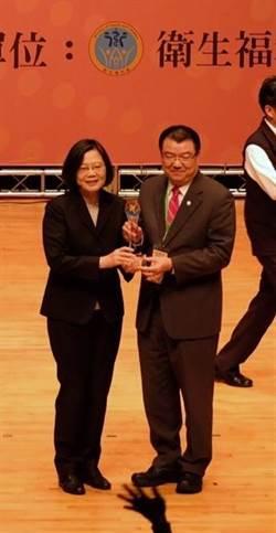 漢翔公司志工隊5日獲頒全國績優企業志工團隊