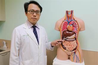 反覆胃痛、解黑便 30歲粉領族竟是罹胃癌