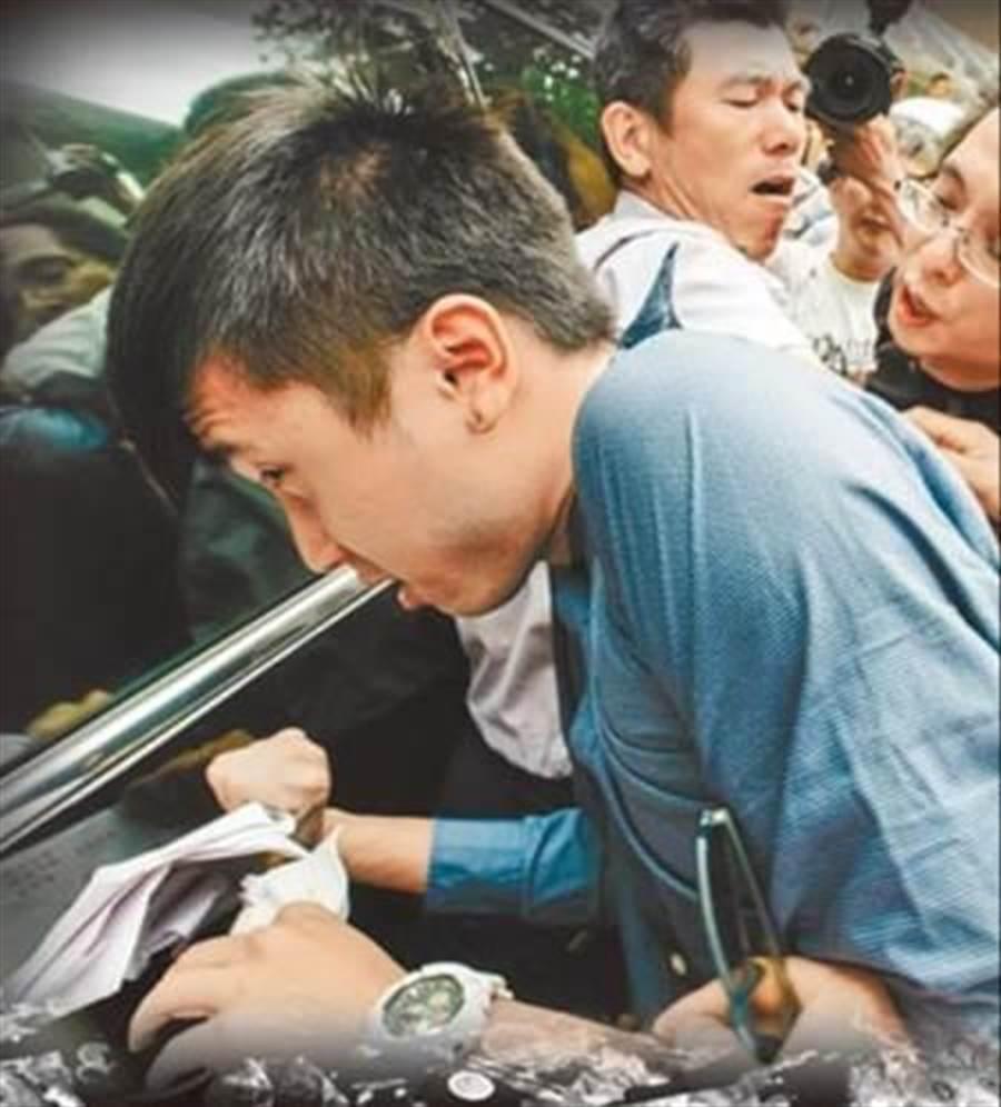 陳皓揚虐殺2流浪貓,被各判刑6月,合併執行10月徒刑,可易科罰金60萬,併科罰金35萬元。(本報資料照片)