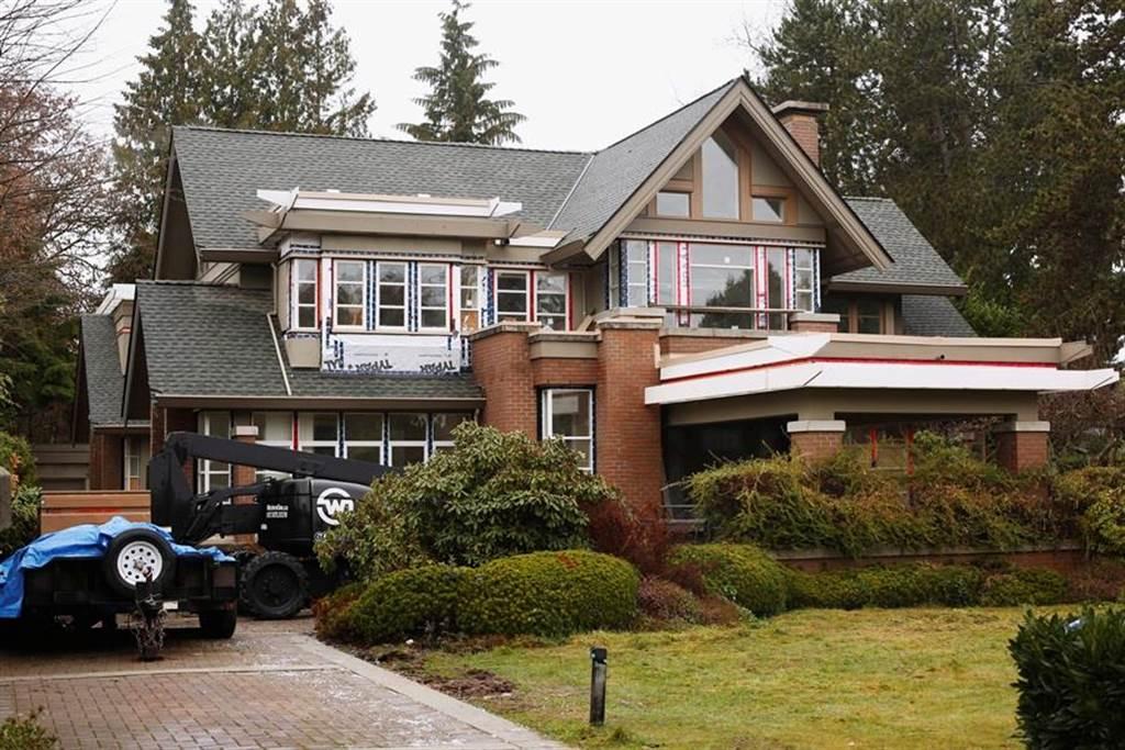為保孟晚舟,媒體報導劉曉棕以溫哥華總價超過新台幣5億元的2棟豪宅作為保釋金,圖為坪數較小的登巴宅邸。(圖/路透社)