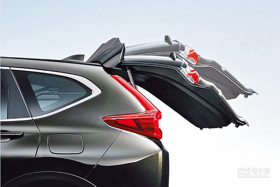 Honda CR-V 1.5 S配備電動尾門。(Honda Taiwan提供)