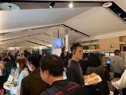 韓國瑜加持 吳寶春麵包店人潮爆滿
