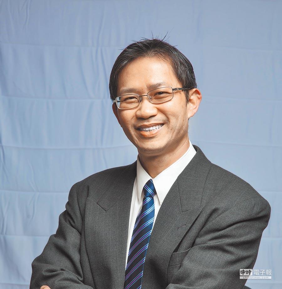 黃延聰,東海大學企管系系主任。(東海大學企管系提供)