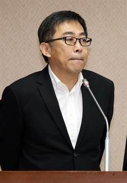 涉公器私用 移民署長楊家駿遭火速調職
