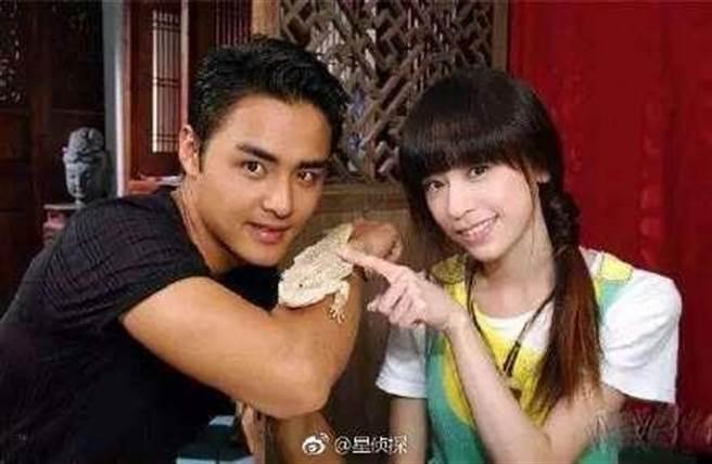 王心凌與明道當年也成為螢幕情侶。(圖/翻攝自微博)