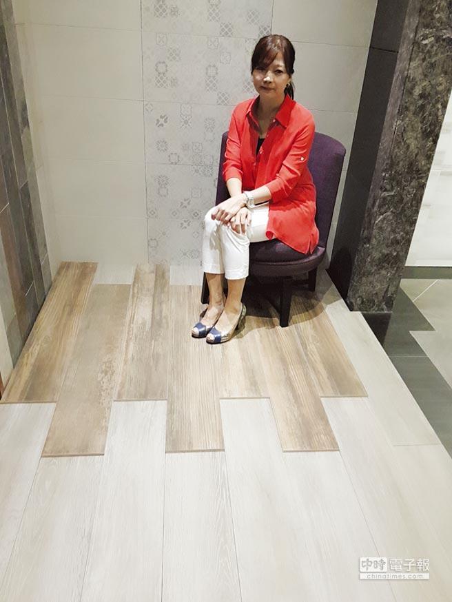 MML瑪摩麗磁公司總經理王鈺琇表示,新進西班牙五款新品「木紋磚」,磁磚紋理表現顏色飽和、自然樸實,為台灣磁磚市場新增不同的顏色款式。圖/王妙琴