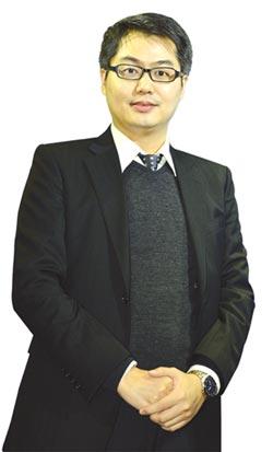 中國信託證券協理簡新桓:發行熱門股 衝高權證量能