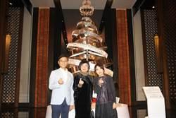 五星級飯店比狂 10萬顆水晶打造台南最貴耶誕樹 價值上百萬